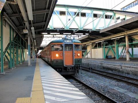 日本のJR駅の乗降客数が世界で1位2位3位と金銀銅総ナメ!