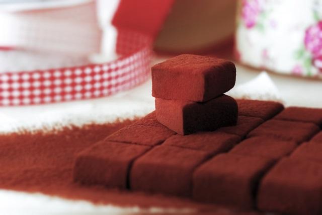 ゴディバのチョコレートは超高級?国産と比較は?安く買う裏技は?