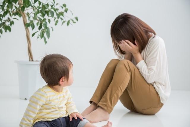 ワンオペ育児で追い込まれた妻!夫の助けは期待できる?解決策は有る?